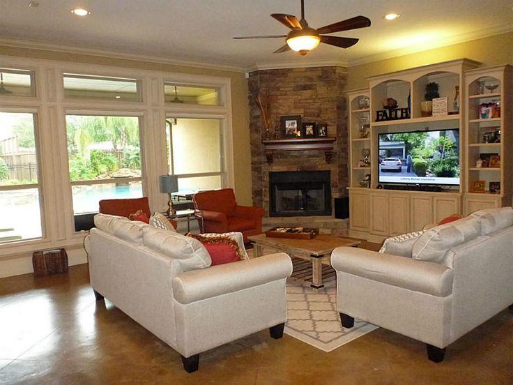 corner gas fireplace in cabinet small cabin | 418 Hunters Lane, Friendswood, TX 77546 - HAR.com