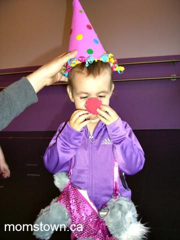 How to Make a Clown Hat and a Clown Nose | momstown arts and crafts
