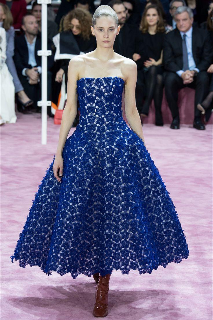 Sfilata Christian Dior Parigi - Alta Moda Primavera Estate 2015 - Vogue