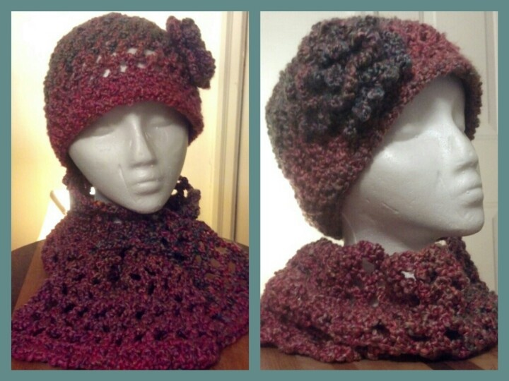 Lion Brand Homespun yarn--hat and scarflette/hat and neckwarmer sets Croche...