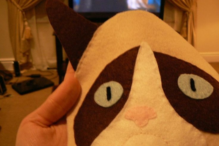 How to embellish an applique sweater. Grumpy Cat Christmas Sweater - Step 6