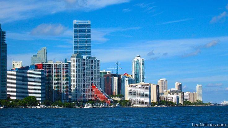 """Universidad de Miami lanza programa """"U Dreamers"""" para inmigrantes indocumentados - http://www.lea-noticias.com/2016/12/18/universidad-de-miami-lanza-programa-para-indocumentados/"""