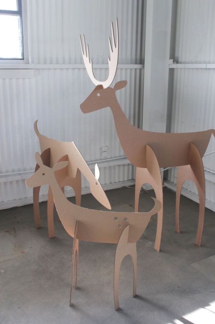 Cardboard Christmas Deer Family by MettaPrints - DIY CRAFTS & MORE