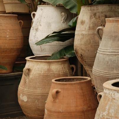 Antique Olive Jars Jardin Mediterranean Garden