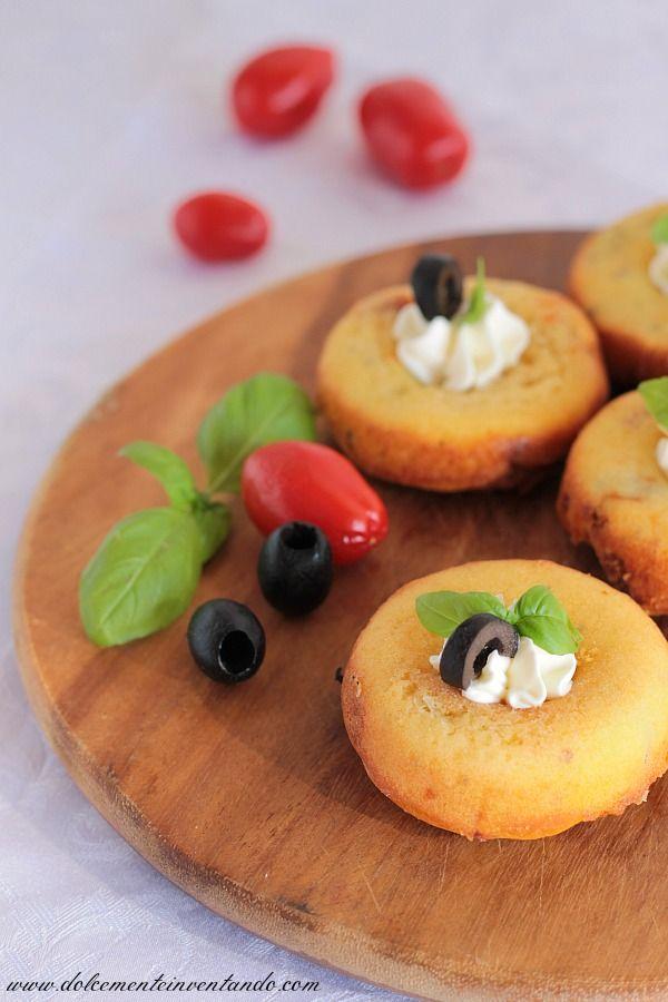 Dolcemente Inventando : Ciambelline salate ai sapori mediterranei