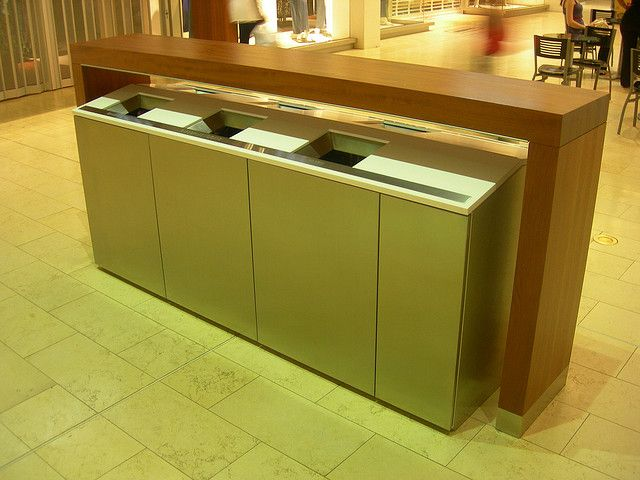 Yorkdale Ping Centre Fancy Garbage Recycle Bins By Himy Syed Photopia Via Flickr