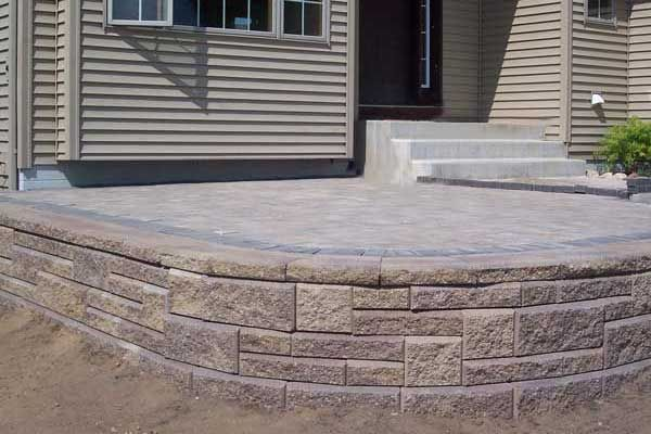 How to build a raised patio with retaining wall blocks  -  raised patio with Allan Block Ashlar Pattern