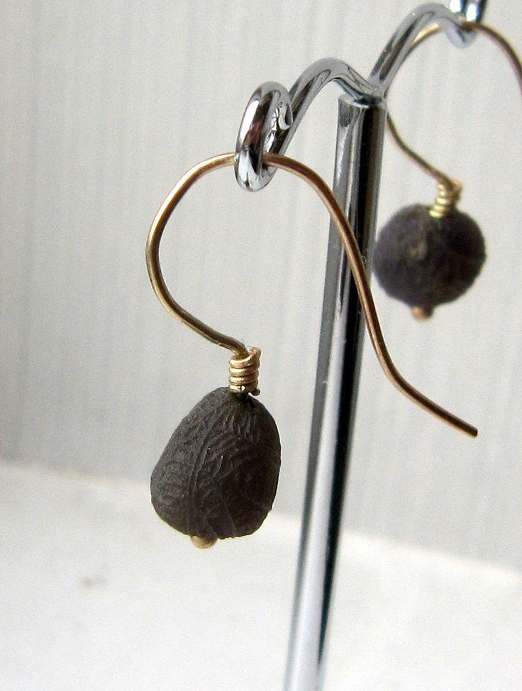 Agate gold earrings by kochiokada on Etsy