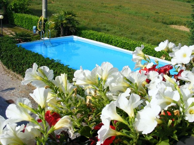 http://www.htlreservation.com/swap.aspx?Htlreservation=Hotel-la-Muraglia-Pozzolengo
