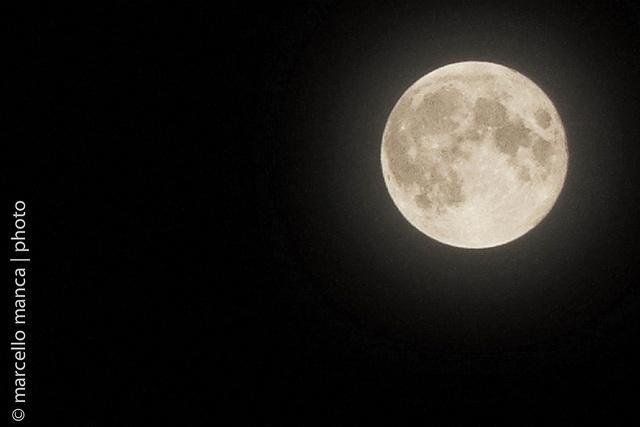 15 Nuestra Luna by marcello manca, via Flickr