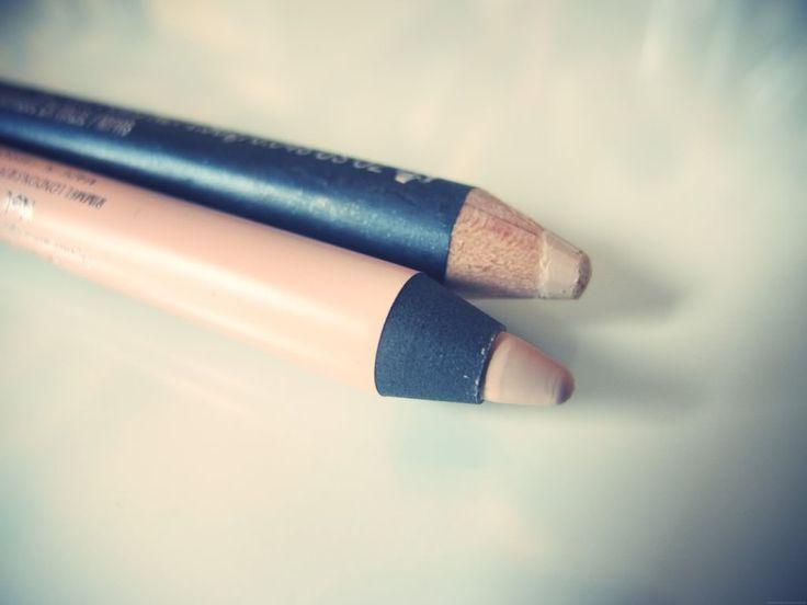 omg @Alyssa Grant i found nude eyeliner! mac rimmel scandaleyes eyeliner dupe nude