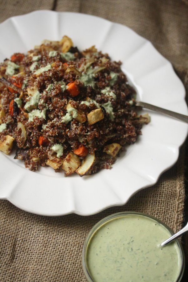 Quinoa Salad with Roasted Carrots, Parnsips, and Green Tahini DressingQuinoa Recipe, Meatless Mondays, Green Tahini, Red Quinoa, Healthy Eating, Roasted Carrots, Food Blog, Quinoa Salad, Quinoa Side