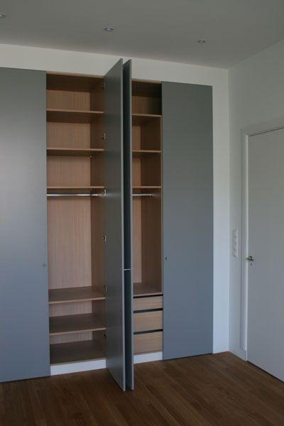 RichArts in Den Haag ontwerpt interieurs en maakt meubels op maat. In zijn eigen werkplaats vertaalt hij uw idee naar een betaalbaar meubelstuk op maat. Dit kunnen kasten, tafels, stoelen, keukens en andere meubels zijn.