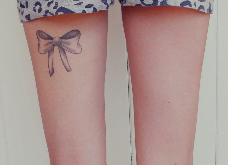 Emplacement tatouage à l'arrière de la cuisse