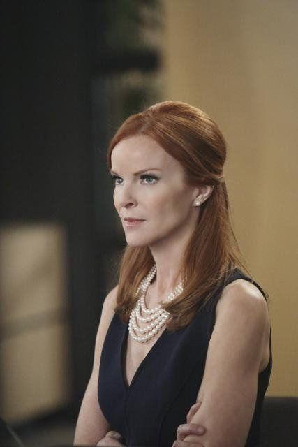 Marcia Cross in Desperate Housewives                                                                                                                                                                                 Más