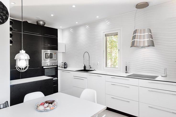 KVIK kitchen design, Elica Wave, Granit lamp, Hay Loop table, tile wall in kitchen