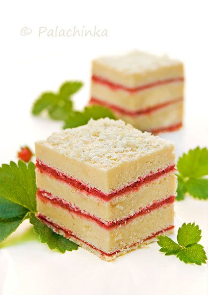 Beautiful. Strawberry Cream Slice #recipe #dessert