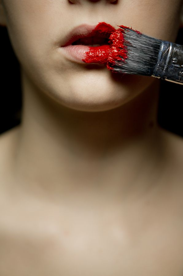Be Creative (A Compilation of Amazing 'Red Lips' Photographed on CrispMe)