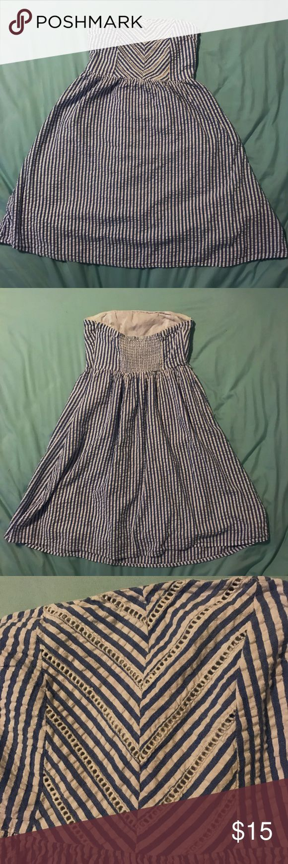 Strapless Blue and White Striped Dress Preppy and adorable dress! Size 2 and Strapless, great for any spring and summer occasion! Can be dressed up and down. Offers are welcome! Old Navy Dresses Strapless