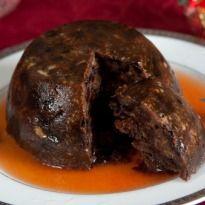 English christmas pudding with rum sauce