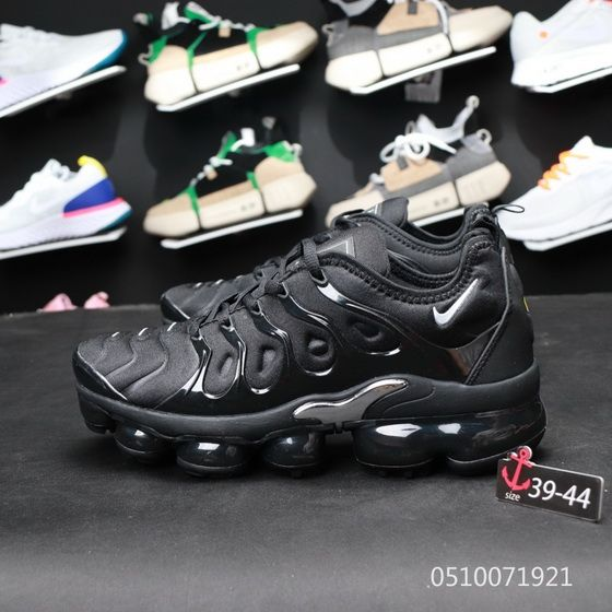 bba9b3342db32 2018 的 Nike Air Max Plus TN Vapormax 604133 050 Triple Black Newest ...