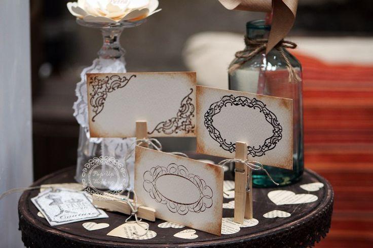 Egyoldalas vintage ültetőkártyák.  #ültetőkártya #esküvőidekoráció #weddingplacecard #weddingescortcard info@popupwedding.hu, www.popupwedding.hu