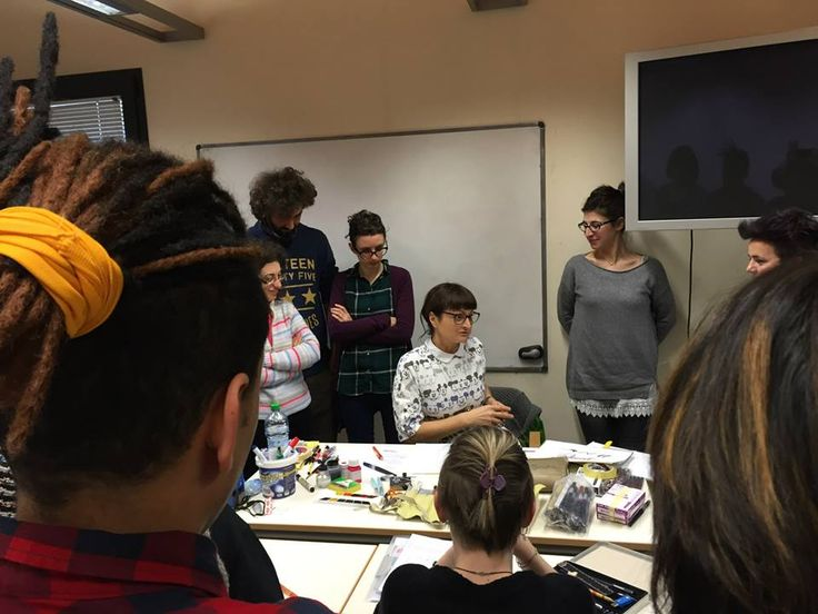 SOLD OUT per il Workshop di calligrafia con Barbara Calzolari, sponsorizzato da Pentel in collaborazione con Scuola Internazionale di Comics-Padova.  Sabato 21 febbraio 2015. #scuolainternazionaledicomics #workshopcalligrafia #calligrafia #calzolari #pentel