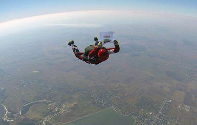 Save Rosia Montana parachute jump