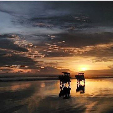 #explorejogja photo today by @citrapravitaa tken at Pantai Parangtritis, Bantul.