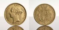 Lote 4010 - Meia Libra em Ouro, Rainha Vitoria 1885, com brasão invertido. Peso: 4 g. Nota: moedasimilar à venda por €449,60 em http://www.ebay.com/itm/1885-GOLD-GREAT-BRITAIN-1-2-SOVEREIGN-SHIELD-REVERSE-COIN-NGC-EXTREMELY-FINE-45-/331209590984?hash=item4d1da148c8 - Current price: €210