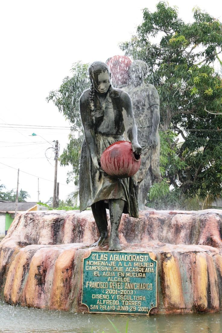 """Estatua """"Las aguadoras"""""""