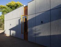 CSR Cemintel Barestone cladding - cheaper alternative to Equitone Tectiva??  South barestone wall - LifeHouse 2