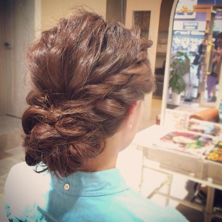 tatsuya kitagawaさんはInstagramを利用しています:「today's hair style☆ 直毛でめちゃくちゃ毛量の多いお客様でしたが、ナミナミと動きを出してシニヨンに☆ #ヘアセット #セット #ヘアアレンジ #アレンジ #アップスタイル #シニヨン #波ウェーブ #ツイスト #ねじねじ #編み込み #ふわふわ #モフモフ #直毛 #シンプル #結婚式 #ルーズ #フェミニン #ブライダル #パーティー #二次会 #ありがとう #京都 #京都駅前 #美容室 #t2style #love #courarir #courarirhair #courarirkyotoekimae #courarirhairkyotoekimae」