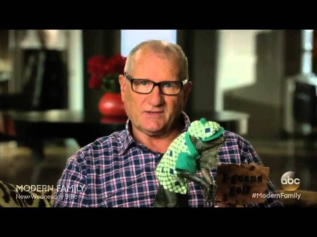 Watch Modern Family – The Cold Online S06E03 Watch full episode on my blog.