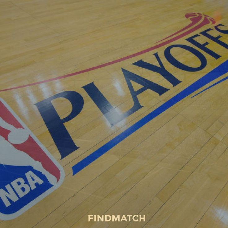 """Adesso si fa sul serio.  Nella notte tra mercoledì e giovedì è finita la Regular Season di NBA, cioè le prime 82 partite di """"riscaldamento"""" del più importante e seguito Campionato di basket al mondo.  Ora la National Basketball Association si prepara ai PLAYOFFS in programma sabato, dove si daranno battaglia le migliori otto squadre di ciascuna Conference.  Questi gli accoppiamenti:  EASTERN CONFERENCE   (1) Boston Celtics vs (8) Chicago Bulls (2) Cleveland Cavaliers vs (7) Indiana Pacers…"""