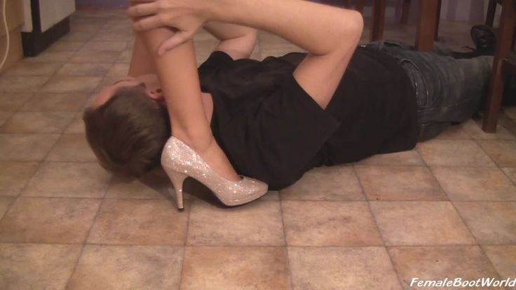 she pins him down with her heel #pumps #legs http://c4s.com/female-boot-world