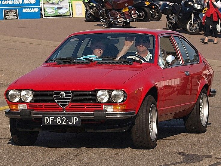 1000 images about caracters alfa romeo alfetta gtv on pinterest alfa romeo vintage signs and. Black Bedroom Furniture Sets. Home Design Ideas