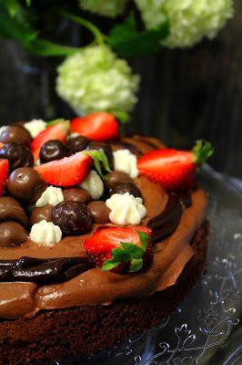 Kakkuviikarin vispailuja!: Mutakakku suklaakermalla