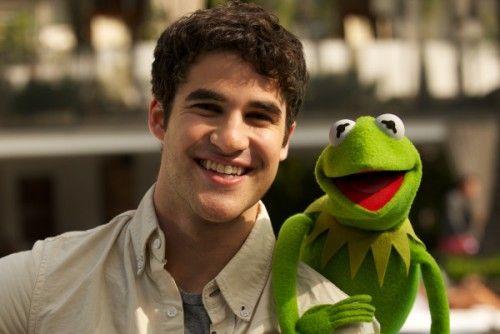 Darren Criss w/ Kermit, how great.