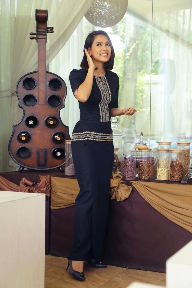 Ay Myat Thu _ MM Dress