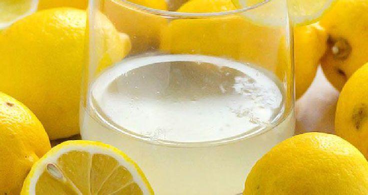 Tout ce que vous savez sur l'eau tiède au citron