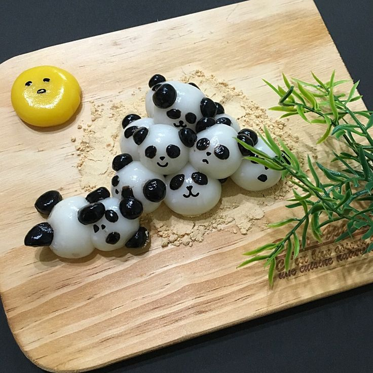 ひぃちゃん's dish photo お月見 パンダ白玉   http://snapdish.co #SnapDish #キャラクター #おやつ #お月見 #和菓子