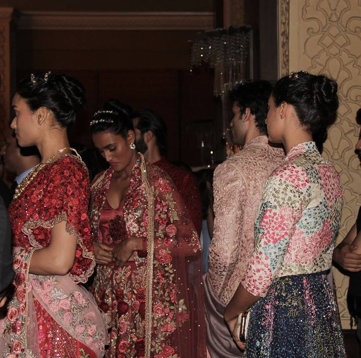 Backstage shenanigans right before our 'Vintage Garden' Couture '16 show.  #varunbahl #VB #varunbahlcouture #indianweddings #indianoutfit #indianbride #bride #bridal #lehenga #couture #indianbride #wedding #weddinginspiration #indianfashion #fashion #womensfanshion #theweddingdiaries #traditions #elegance #elegant #floral #inspiration #bridesmaid #thevintagegarden #ICW2016 #behindthescenes
