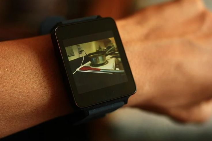Wear Camera Remote Allows you to use your Android Wear as a Viewfinder and Shutter to take Pictures using the Camera on your Android Phone
