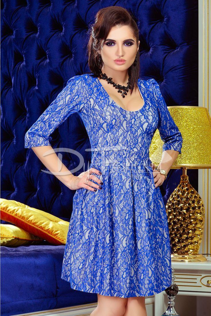 Rochie de ocazie bej cu dantela eleganta de culoare albastru