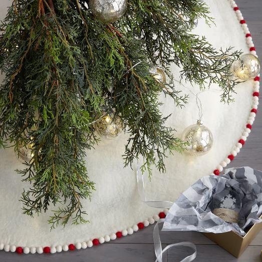 198 best Tree Skirt Inspirations images on Pinterest | Christmas ...