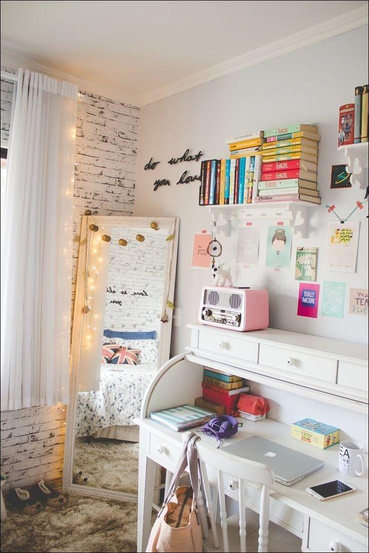 4 Bedroom Tiny House: Best 25+ Small Desk Bedroom Ideas On Pinterest