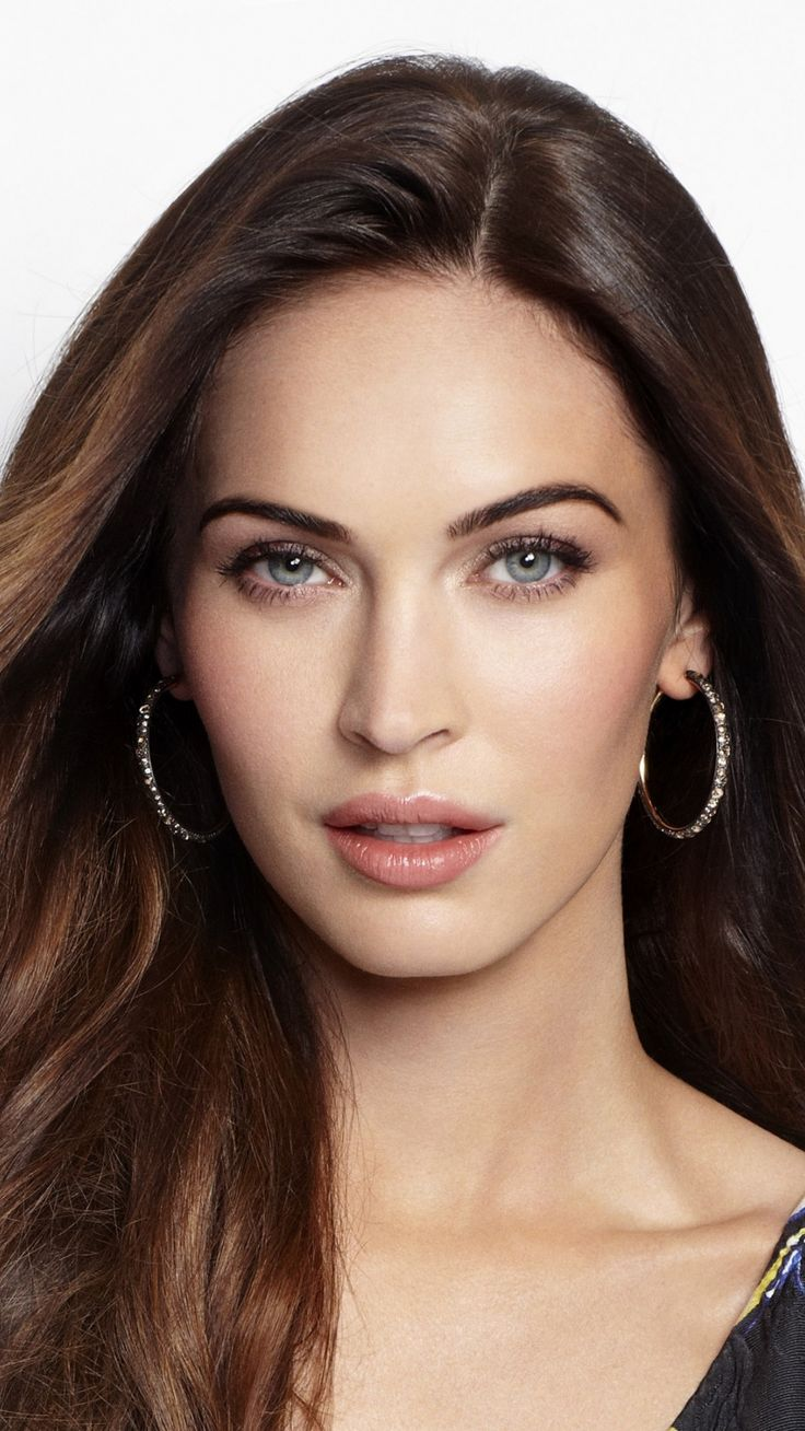 Megan Fox, brunette, m...