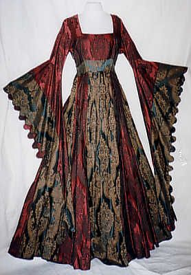 "During this time women generally didn't have a certain wedding gown, but wore their best dress. This dress is made of jacquard with ""Zaddeln"" at the sleeve."