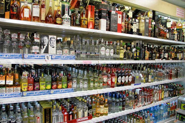 Franek i jego wędrówki: Ile cukru jest w alkoholach? Badanie pokazuje, że ...